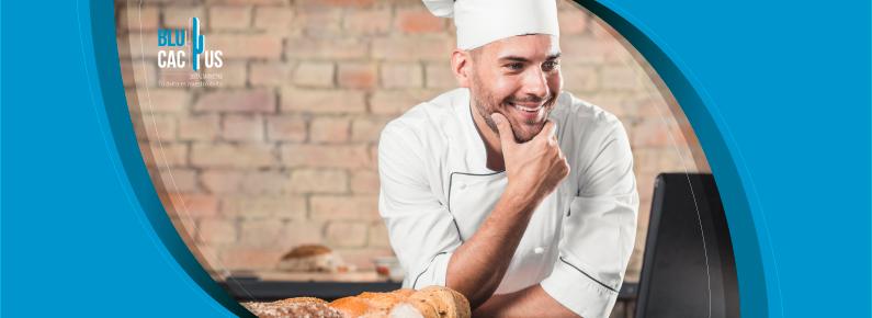 BluCactus - Un chef del restaurante que esta revisando las resenas
